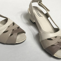 Vintage 1970s MUSHROOMS Sandals / Gray Tan Cream Color Block Mules / Chunky Low Block Heel / Casual Ladies Retro Slingback Shoes / US SIZE 7