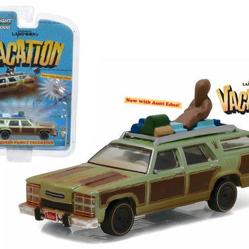 "1979 Family Truckster ""Wagon Queen"" with Aunt Edna ""National Lampoon's Vacation"" Movie (1983) 1-64 Diecast Model Car  by Greenlight"