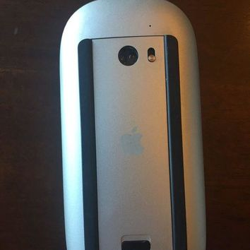 VONW3Q Apple Magic Mouse A1296 3vdc Cleaned & Tested Bluetooth wireless