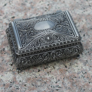 Free shipping pewter plated flower engraved metal jewellery box, zinc alloy trinket gift box, nice jewellery case