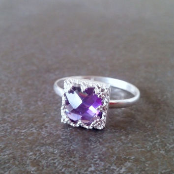 SALE!Silver Amethyst ring,square ring,gemstone ring,bridesmaid gifts,birthstone ring,February ring