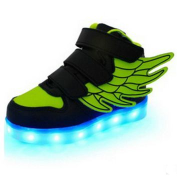 Botines Botas Futbol 2018 Kids Football Boots Children's Shoes USB Rechargeable LED Light Emitting Wings Colorful Shoes