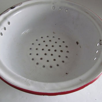 French Enamelware Strainer White and Red Enamelware Strainer Enamel Colanders Farmhouse Kitchen Decor Berry Bowl Colander Enamel Colander