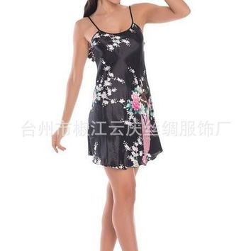 Women 2015 Sexy Lace Silk Suspenders Silk Summer Autumn Princess Nightgown Casual Sleepwear Bandage Dress