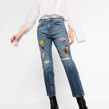 LOW RISE PATCH JEANS - NEW IN-WOMAN   ZARA United Kingdom