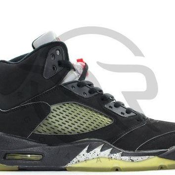 PEAPUX5 AIR JORDAN RETRO 5 - BLACK METALLIC (1999)