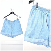 pale denim DRAWSTRING shorts vintage 80s MOM jeans light wash CHAMBRAY high waisted shorts 8 9 medium