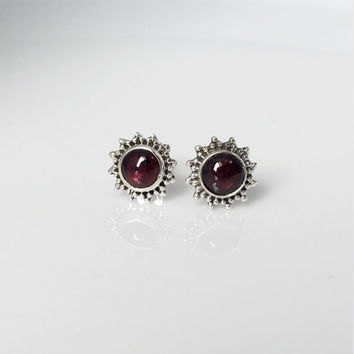 Garnet Stud Earrings, Garnet Earrings, January Birthstone, Boho Stud Earrings, Garnet Cabochon earrings, Garnet Jewelry, gemstone earrings