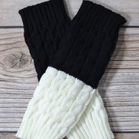 Black and Ivory Reversible Knitted Boot Cuff