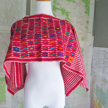 Vintage Guatemalan Folk Art Hand Embroidered Huipil 1960s 1970s Boho Hippie  Poncho Festival wear