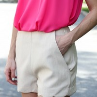 Simple Grace Shorts - Taupe