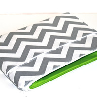 13 inch MacBook Pro Case, MacBook Air Cover, Laptop Case, Zipper, Padded, Gray Chevron Stripes