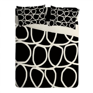 Natalie Baca Loop Di Doo In Black Sheet Set Lightweight