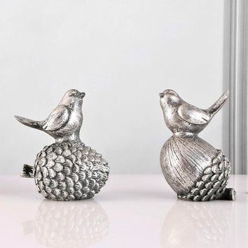 Archaiz Silver Pinecone Bird Desktop Home Furnishing Display Showcase Shop Window Decoration Birds Figurine Ornament Gift A Pair