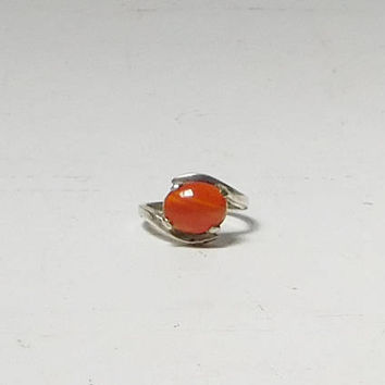 Red Oval Stone Ring on a Small Silver Tone Band Size 4 1/2 Pronged Vintage Jewelry