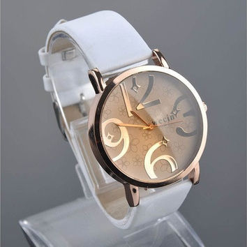 Fashion Big Numbers Convex Mirror Leather Band Women Girl Quartz Wrist Watch [9222594564]