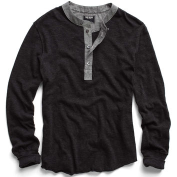 Classic Henley in Black
