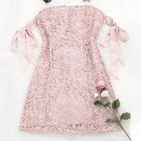 Dolley Bowknot Lace Tube Mini Dress