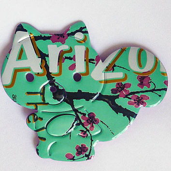 Green and pink Squirrel Magnet Made from Arizona Green Tea soda can  - soda can magnet  - upcycled gift - fridge magnet - spring gift idea