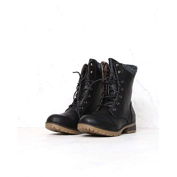 in the woods ankle sweater boots - black