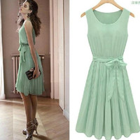 Sleeveless Pleated Knee-length Tank Chiffon Dress