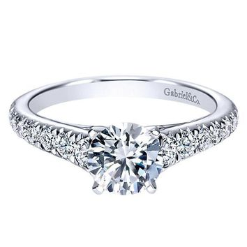 Platinum 1/2cttw Tapered Diamond Engagement Mounting