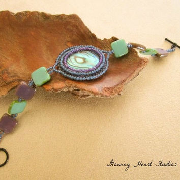 Abalone Shell Bracelet - mint - purple - beaded bracelet