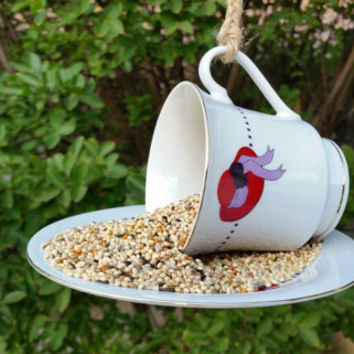 Red Hat Lady Teacup Bird Feeder/Red Hat Association Teacup Bird Feeder/Hanging Bird Feeder/Garden Decorative Bird Feeder/Darice Teacup