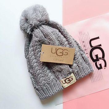 "Hot Sale ""UGG"" Winter Popular Women Men Knit Hat Warm Cap Light Grey"