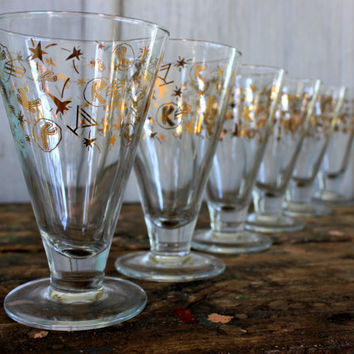 Captivating Retro Barware // Kahlua Glasses // Mid Century Atomic Pattern // Vintage  Footed