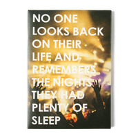 No One Looks Back Wall Canvas