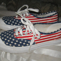vintage KEDS USA  patriotic flag canvas sneaker Shoes sz 6 1/2