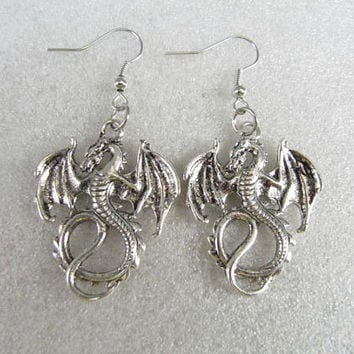 ON SALE--lord of the rings jewelry dragon Earrings antique jewelry steampunk gift