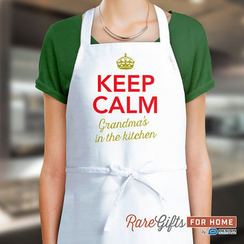 Grandma Gift, Funny Apron, Keep Clam, Grandma's In The Kitchen, Awesome Grandma, Personalized Grandma Gift. Birthday Gift For Grandma!