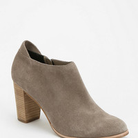 Urban Outfitters - Dolce Vita Igor Heeled Ankle Boot