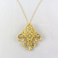 Antique 18K Gold Diamond Pendant Necklace Fleur-de-lis Convertible Brooch Pendant Yellow Gold Bridal Wedding Fine Jewelry