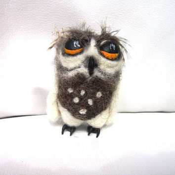 Felted Owl Keychain/Needle felted owl/wool keychain/unusual keychain/bird/keychain bird/wool bird/toy owl/wool sculpture/felted toy/cute owl