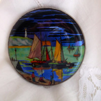 Gwenda foil powder compact with sailing ship. Tap flap compact. Art deco compact. Collector's compact. Ideal gift.