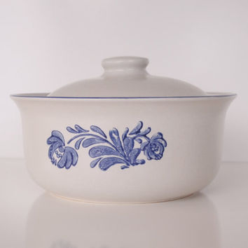 Pfaltzgraff Pottery Covered Casserole Dish in the by JudysJunktion