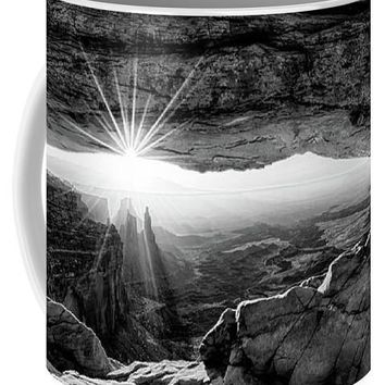 Supernatural West - Mesa Arch Sunburst In Black And White - Mug
