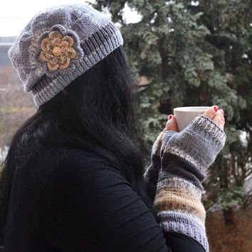 Multicolor ( jeans beige ) beani cap / hat and mittens gloves lovely winter accessoriesKnitted mittens gloves