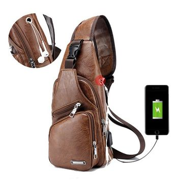 Outdoor Shoulder USB Charging Port Chest Bag Travel Daypack Sling Bag Crossbody Bag For Men