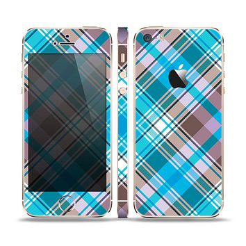 The Gray & Bright Blue Plaid Layered Pattern V5 Skin Set for the Apple iPhone 5s