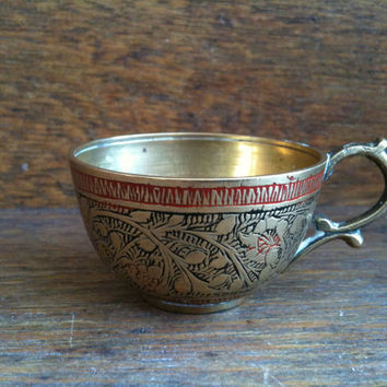 $16.00 Small Brass Cup by EnglishShop on Etsy