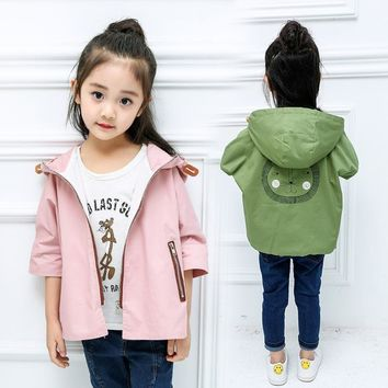 Trendy 2018 Spring girls lion windbreaker children's cotton seven-point sleeve cape men and women baby coat AT_94_13