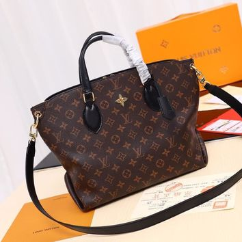 Kuyou Lv Louis Vuitton Fashion Women Men Gb2966 The M44347 Monogram Comes In All Kinds Of Varieties Of Flower Zipped Tote Mm