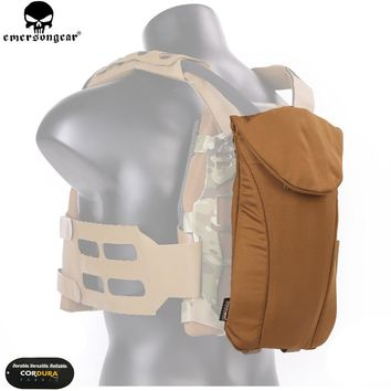 EMERSONGEAR Airsoft Water Bag Hikking Tactical SS Style Precision Hydration Pouch FAC Tactical Vest Coyote Brown EM7366