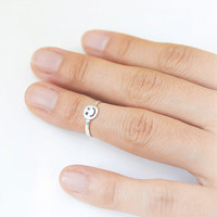 Smiley Face Knuckle ring - Toe ring in sterling silver -adjustable ring