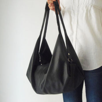 Black leather bag - Soft leather bag  - Slouchy leather bag  - DeLUNA bag