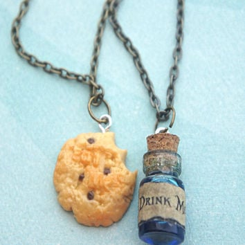 Alice in Wonderland Inspired Necklace- Eat me and Drink me Friendship Necklace